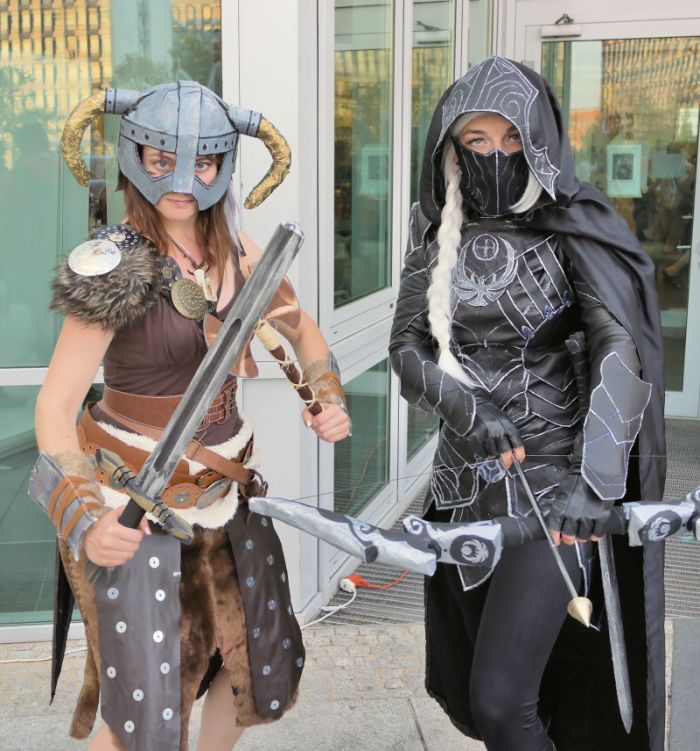 """Skyrim"" Cosplay auf der Polcon 2015. (via wikimedia commons)"